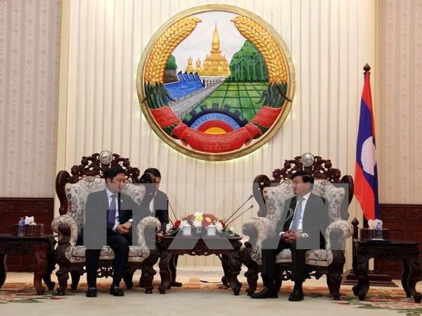 Estimulan inversiones de Vietnam en Laos hinh anh 1
