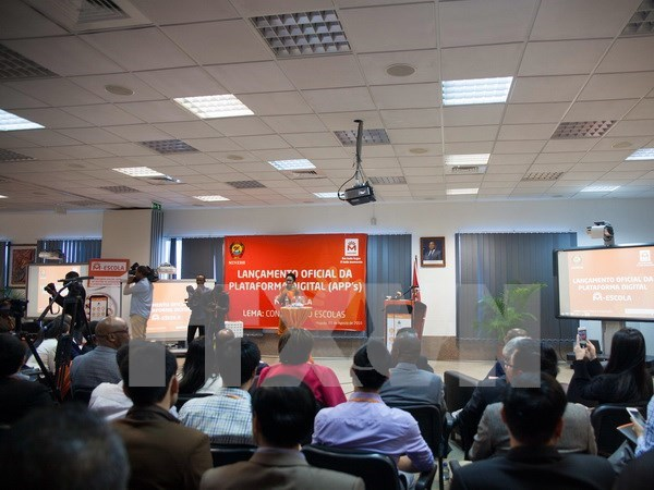 Vietnam asiste a Mozambique en desarrollo educativo hinh anh 1