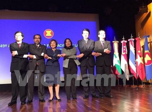 Conmemoran 49 aniversario de ASEAN en Argentina hinh anh 1