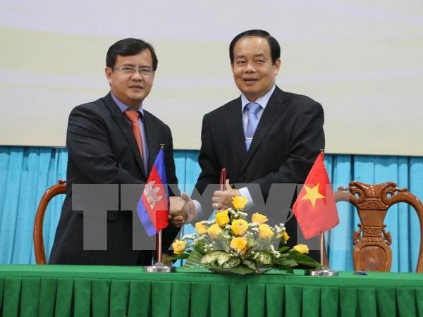 Provincia survietnamita de An Giang fomenta nexos con similares camboyanas hinh anh 1
