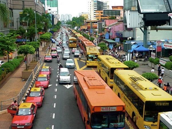 Indonesia registra fuerte caida de superavit comercial hinh anh 1