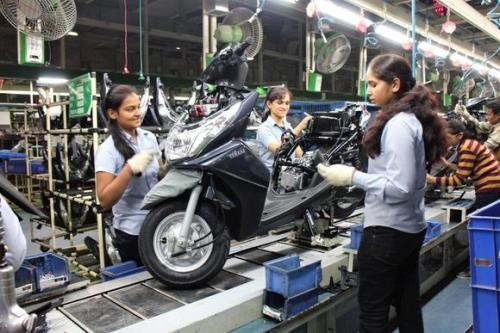 Cierra Suzuki fabrica de ensamblaje en Malasia hinh anh 1