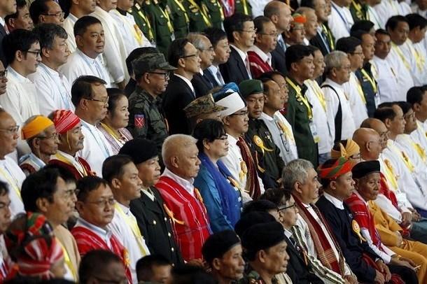 Myanmar: Grupos armados quieren participar en proceso de paz hinh anh 1