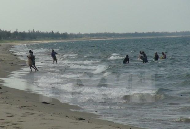 No necesita tecnologias avanzadas en limpia de agua del mar en provincias centrales hinh anh 1