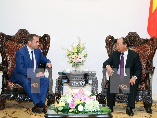 Aplaude Vietnam proxima visita de presidente frances Francois Hollande hinh anh 1