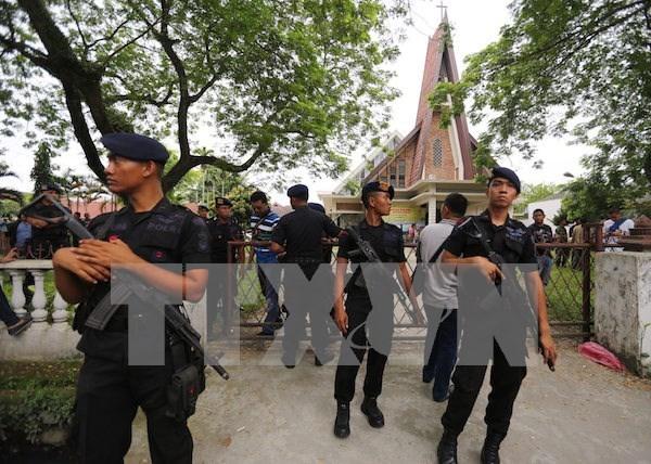 Ataque con bomba deja cuatro heridos en Indonesia hinh anh 1