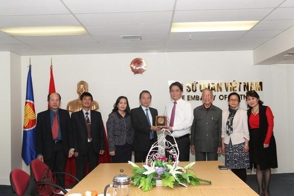Visita Nueva Zelanda delegacion de Comite del Frente de la Patria de Hanoi hinh anh 1