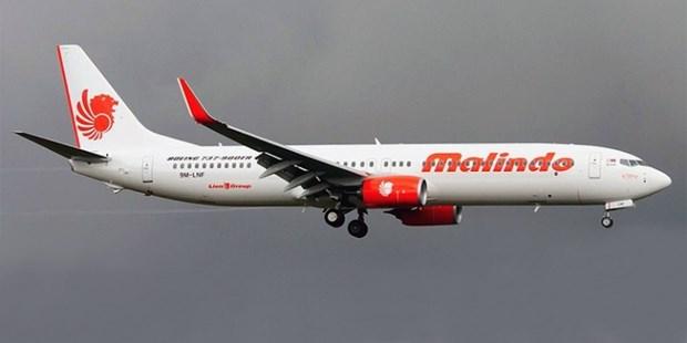 Aerolinea malasia inaugura vuelos directos Hanoi- Kuala Lumpur hinh anh 1