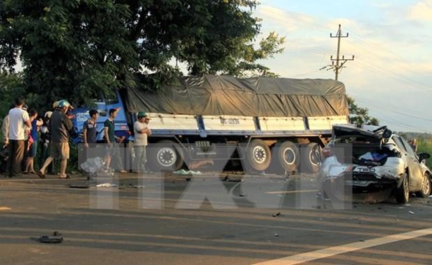 Registran 33 muertos por accidentes de trafico en tres dias feriados hinh anh 1