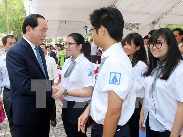 Presidente de Vietnam inauguro el ano lectivo en escuela Hanoi-Amsterdam hinh anh 1