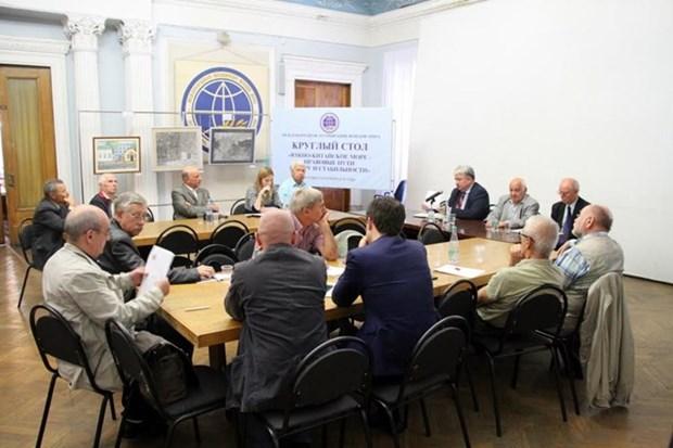 Expertos rusos estudian camino legal para paz y estabilidad en el Mar del Este hinh anh 1