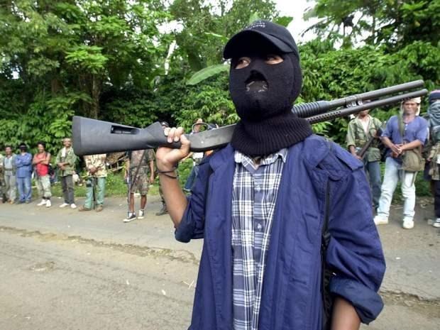 Fuerte desarrollo de Abu Sayyaf en Filipinas tras el 11 de septiembre hinh anh 1
