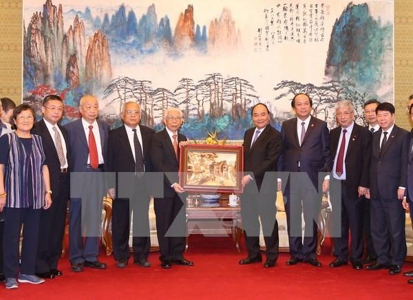 Fortalecen relaciones de amistad Vietnam – China hinh anh 1