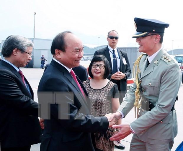 Premier de Vietnam concluye visita oficial a China hinh anh 1