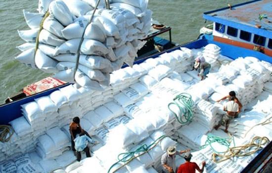 Superavit comercial de Vietnam alcanza dos mil 800 millones de dolares hinh anh 1