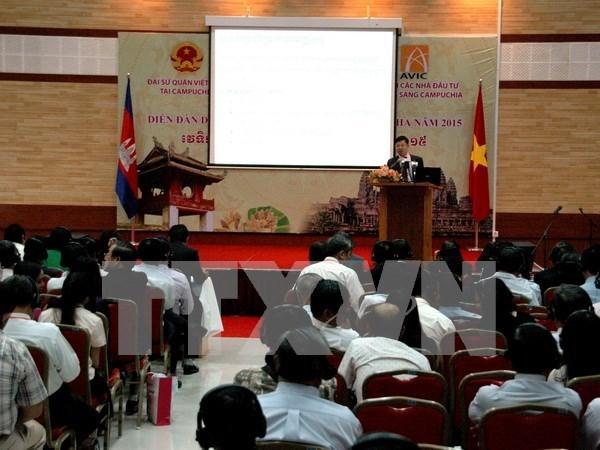 Efectuan foro empresarial Vietnam – Camboya hinh anh 1