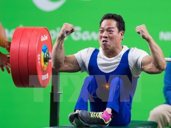 El halterofilo Le Van Cong y su viaje superando el destino hinh anh 1