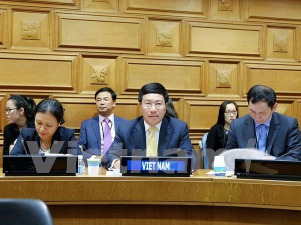 Vicepremier vietnamita cumple amplio programa de encuentros en Nueva York hinh anh 2