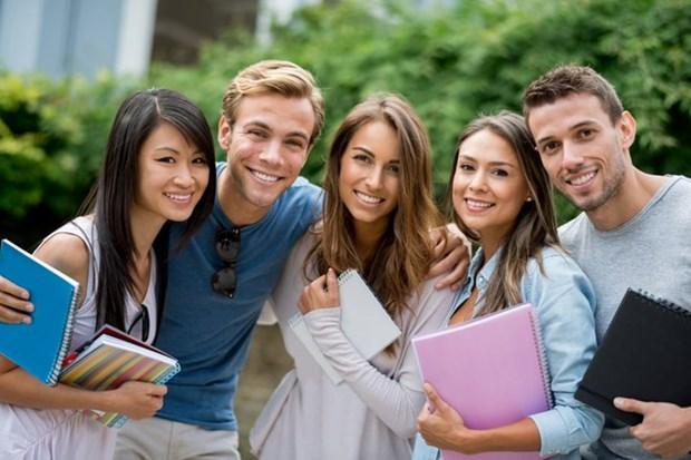 Estudiantes australianos realizaran estudios y practicas profesionales en Vietnam hinh anh 1