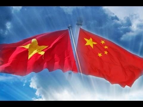 Conmemoran Dia Nacional de China en Vietnam hinh anh 1