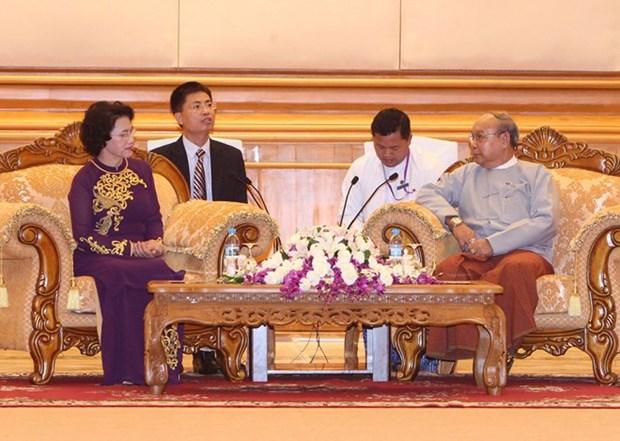 Presidenta del Parlamento de Vietnam ratifica voluntad de promover nexos con Myanmar hinh anh 1