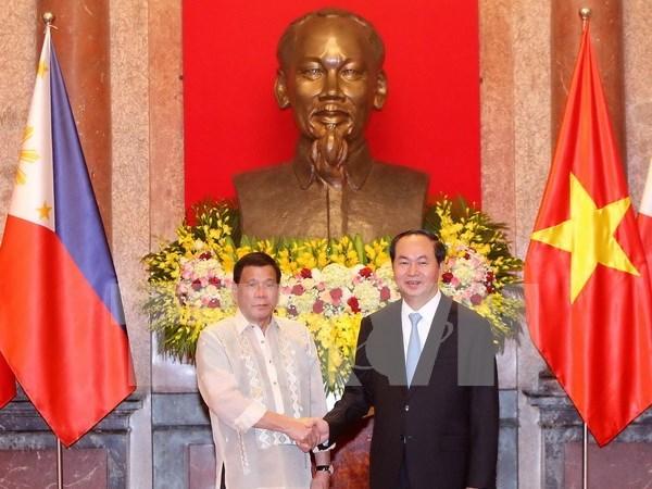 Presidente de Vietnam dialoga con homologo de Filipinas hinh anh 1