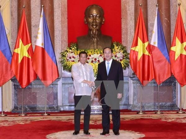 Vietnam y Filipinas emiten declaracion conjunta hinh anh 1