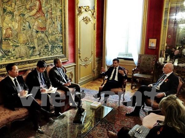 Fomentan cooperacion interregional Vietnam - Italia hinh anh 1