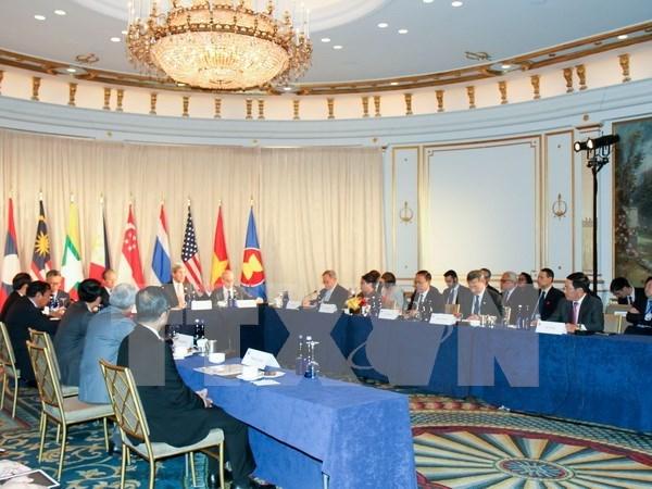 Vietnam interviene en reunion de ministros de Defensa de ASEAN-EE.UU. hinh anh 1
