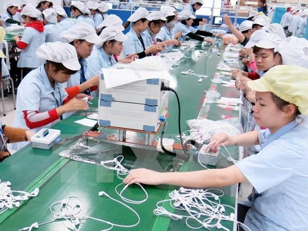 Vietnam registra superavit comercial de dos mil 760 millones de USD hinh anh 1