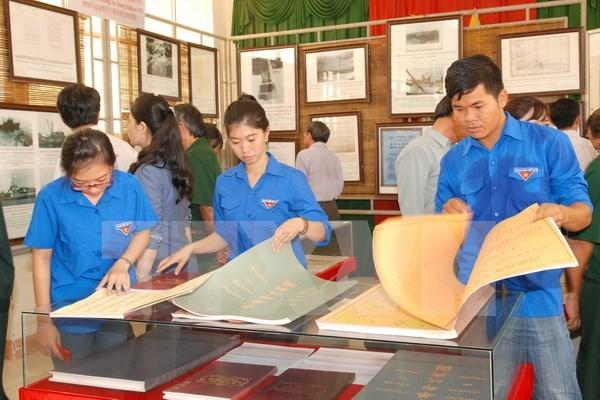 Exhiben documentos y mapas de soberania vietnamita sobre Hoang Sa y Truong Sa hinh anh 1