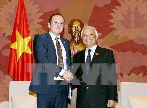 Vietnam y Rumania intensifican los nexos legislativos hinh anh 1
