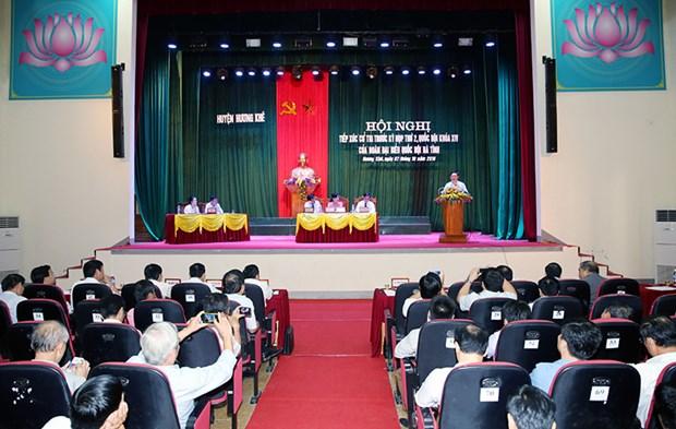 Vicepremier de Vietnam mantiene contactos con electores en provincia central hinh anh 1