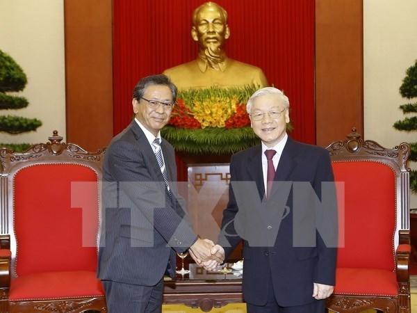 Lider partidista vietnamita destaca aportes del embajador nipon a nexos bilaterale hinh anh 1