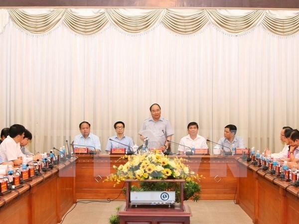 Premier vietnamita pide garantizar la higiene e inocuidad de alimentos hinh anh 1
