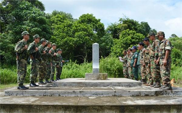 Intensifican informacion sobre demarcacion fronteriza Vietnam-Camboya hinh anh 1