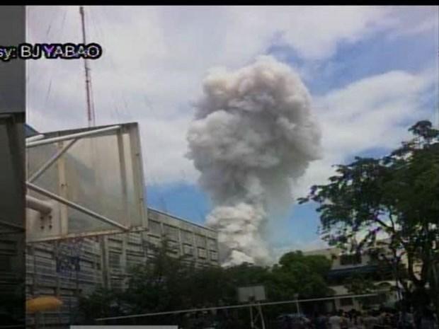 Incendio en Filipinas deja dos muertos y 24 heridos hinh anh 1