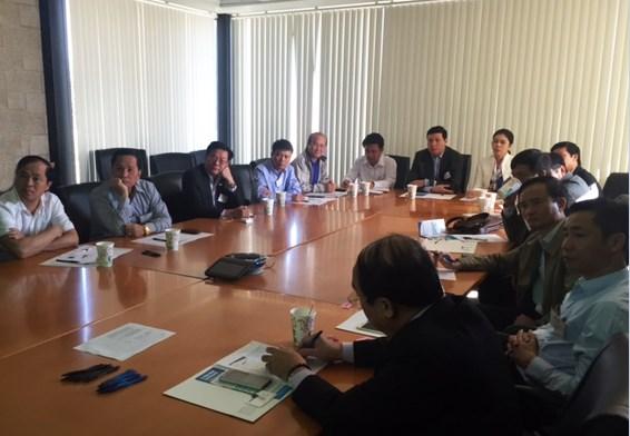Provincia de Vietnam adquiere experiencias de EE.UU. en desarrollo de transporte hinh anh 1