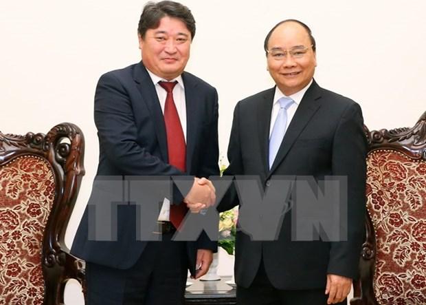 Premier de Vietnam recibe al saliente embajador de Mongolia hinh anh 1