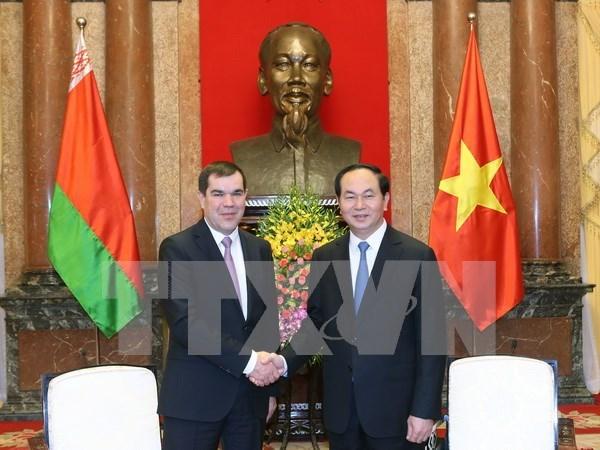 Proponen firmar acuerdo de asistencia mutua en asuntos penales con Vietnam-Belarus hinh anh 1