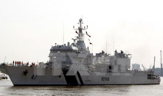 Buque de guardia costera de India visita ciudad vietnamita de Da Nang hinh anh 1