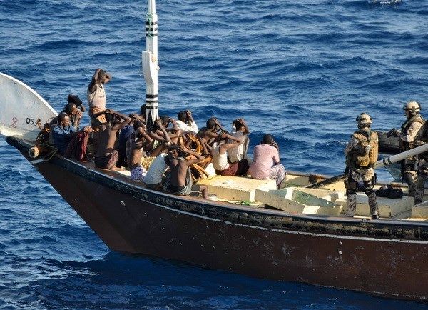 Liberados vietnamitas secuestrados por piratas somalies hinh anh 1