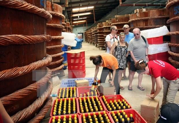 Vietnam: Cien por ciento de muestras de salsas de pescado son seguras hinh anh 1