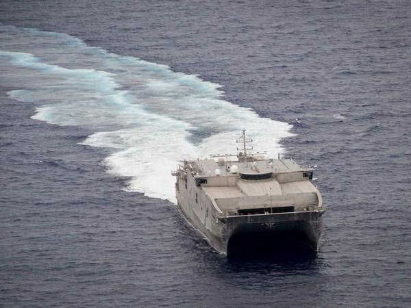 Armadas de Camboya y Estados Unidos realizaran maniobra con fuego real hinh anh 1