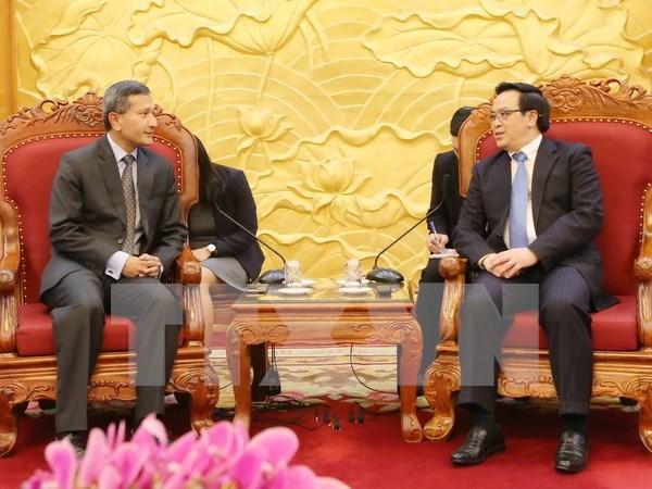 Cooperacion economica, motor para relaciones Vietnam – Singapur hinh anh 1