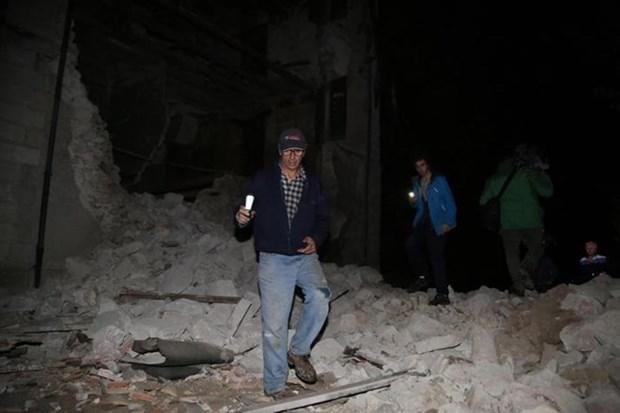 No reportan victimas vietnamitas en terremoto en Italia hinh anh 1