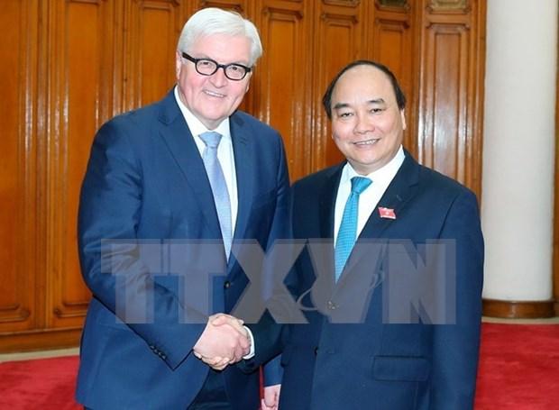 Premier vietnamita exige mayor inversion de empresas alemanas hinh anh 1