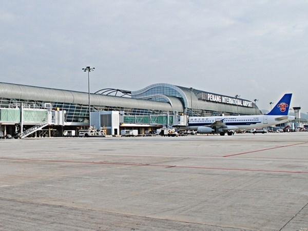 Malasia aplicara tasas especificas de aeropuerto para vuelos a ASEAN hinh anh 1