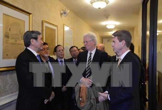 Miembro del Buro Politico del PCV concluye visita a EE.UU. hinh anh 1
