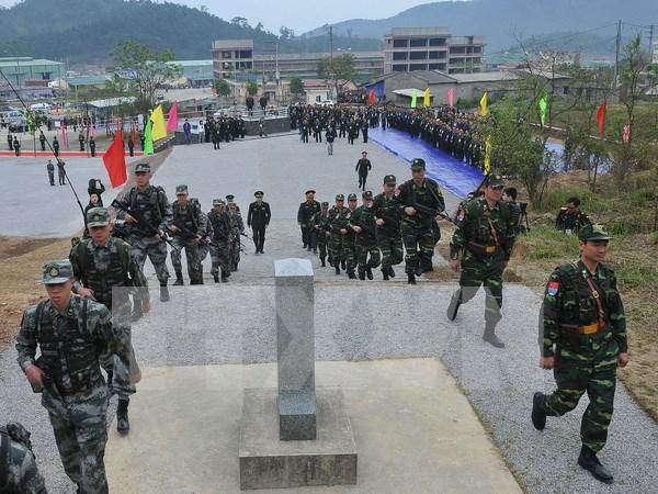 Robustecen lazos de amistad entre guardafronteras vietnamitas y chinos hinh anh 1